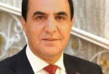manaf agayev  qirmizi don 220x150 - دانلود آهنگ ترکی مناف آقایف بنام قیرمیزی دون